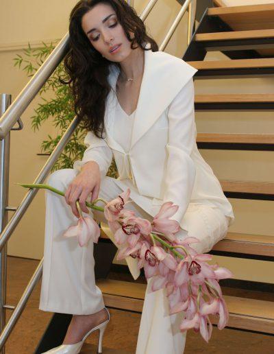 Brautkleid mit hosen 18