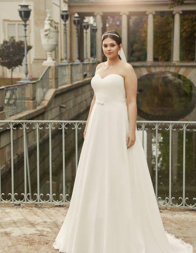 HARMONIA-plus-size-bridal-dress-1